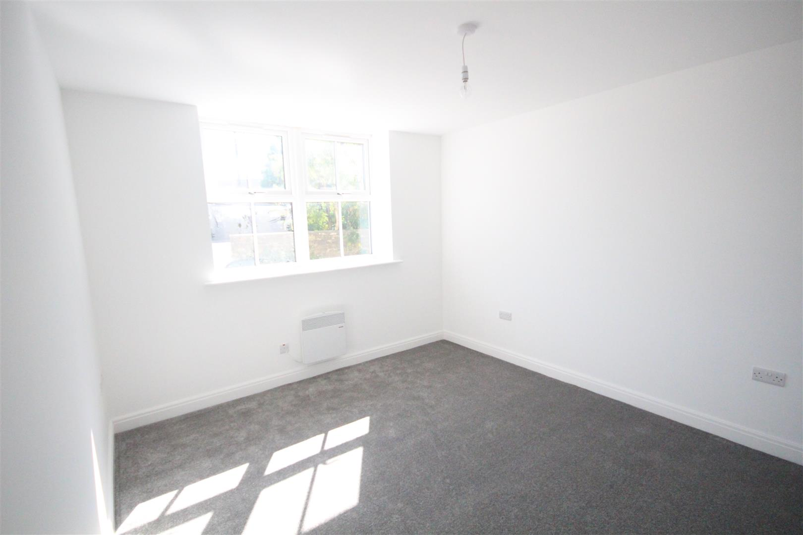 1 bedroom apartment To Let in Earby - IMG_7550.jpg